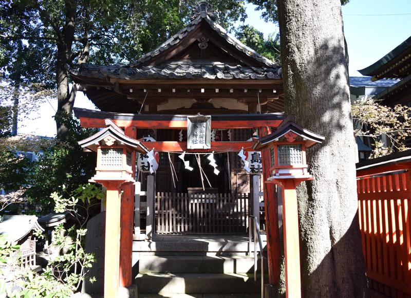 馬橋稲荷神社内の厳島神社