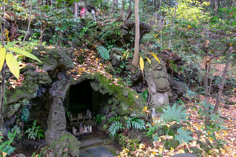 西行稲荷神社祠