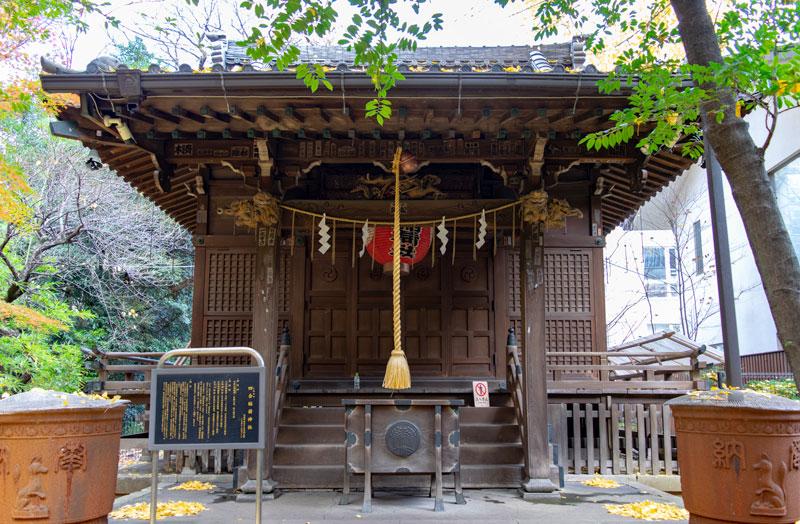 四合稲荷神社拝殿