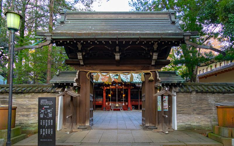 赤坂氷川神社の神門