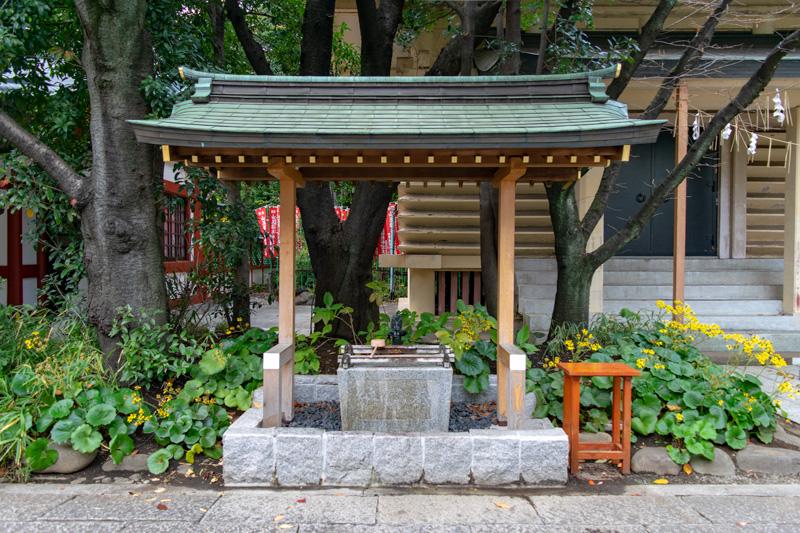 日枝神社の山王稲荷神社の手水舎