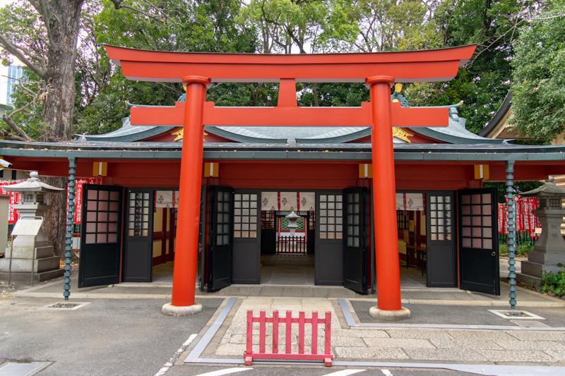 日枝神社の山王稲荷神社鳥居