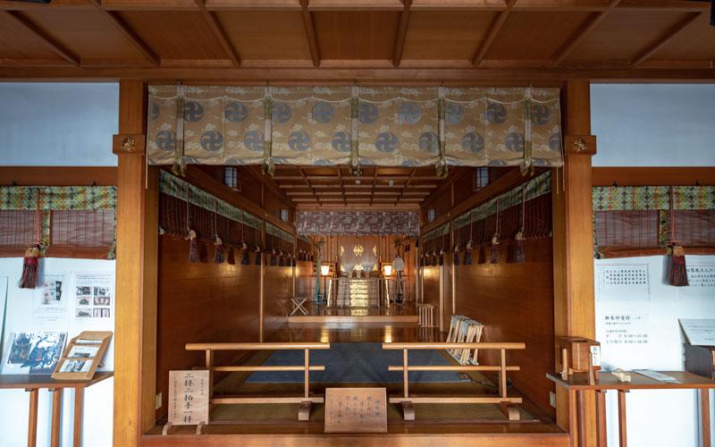 平田神社の社殿