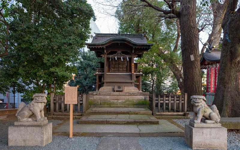 金王八幡宮の御嶽神社