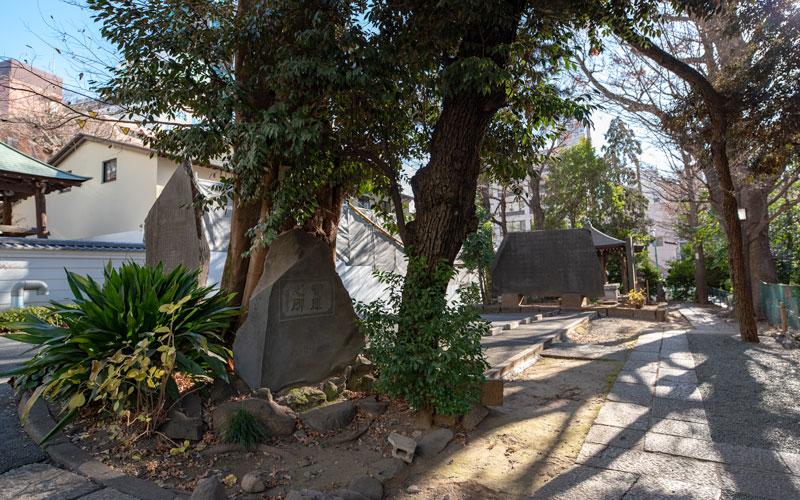 金王八幡宮の石碑
