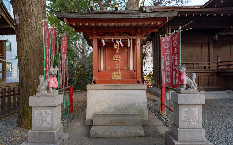 金王八幡宮の玉造稲荷神社社殿