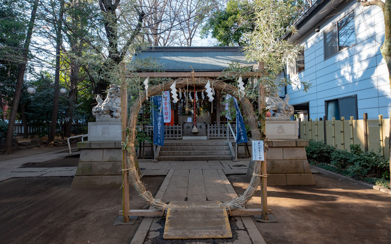 神明氷川神社の茅の輪