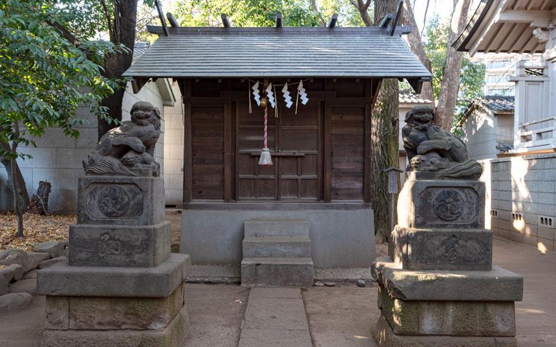 神明氷川神社の末社津島神社