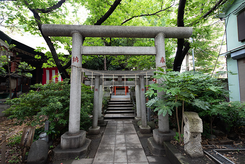 江東天祖神社 太郎稲荷神社の鳥居