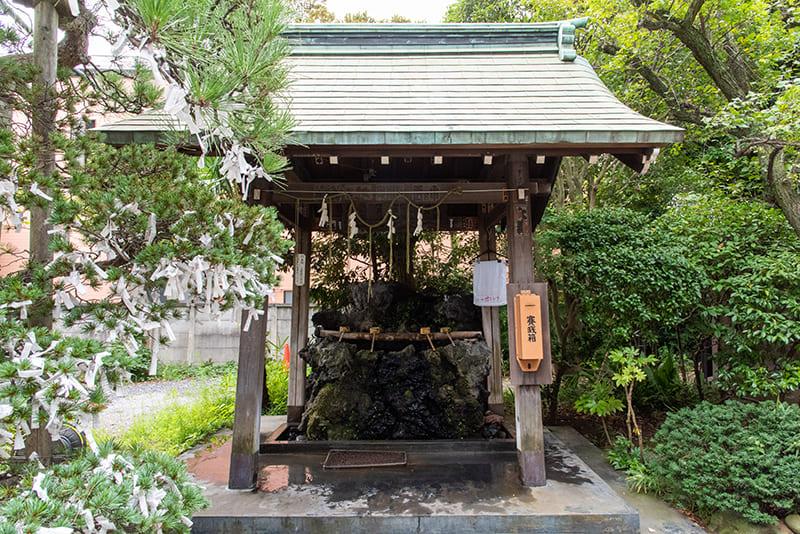 小岩神社 手水舎