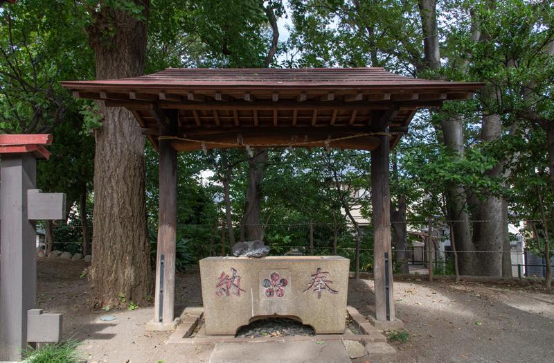 松ヶ丘北野神社 手水舎