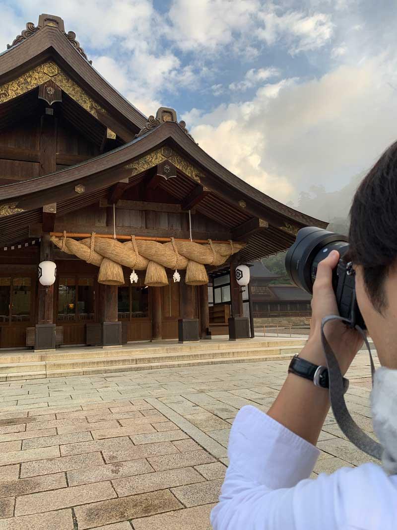 出雲大社 拝殿前で撮影