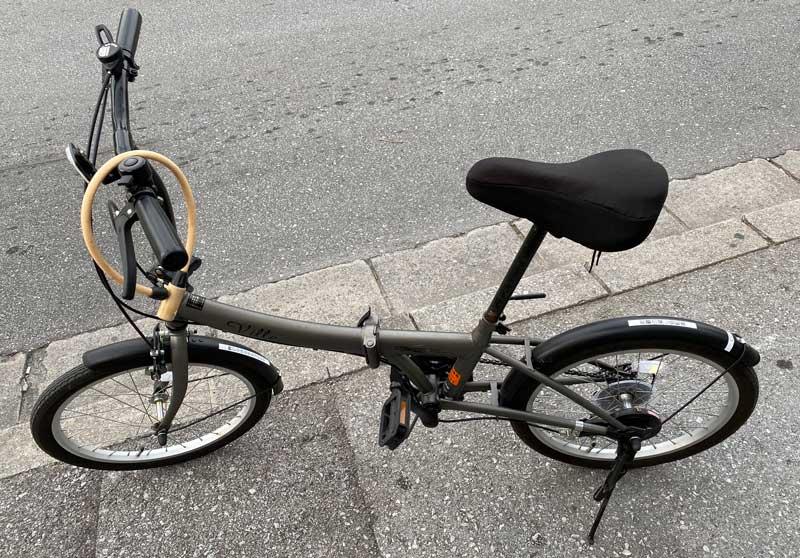 識名宮へいくために借りた自転車
