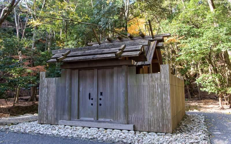 饗土橋姫神社 拝殿