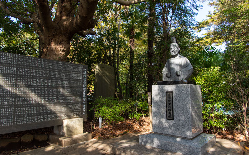 検見川神社 宮間像
