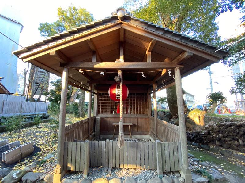 世木神社 三吉稲荷神社 拝殿