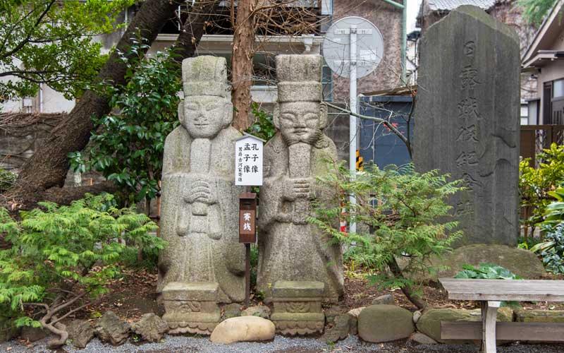 七社神社 孔子・孟子像