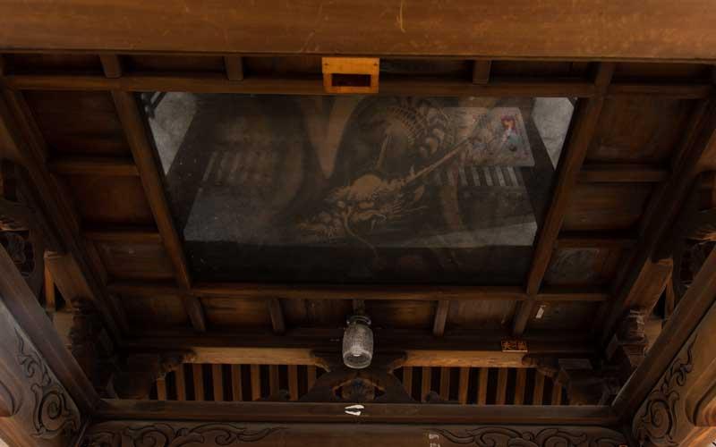 七社神社 手水舎の龍