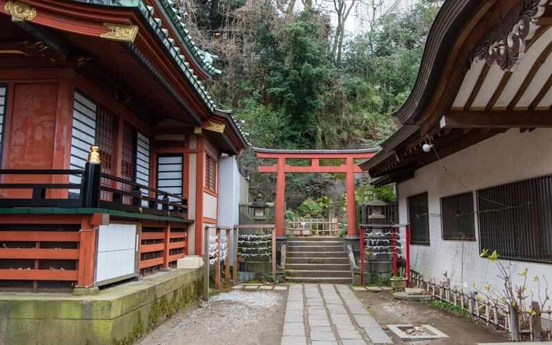 王子稲荷神社 参道