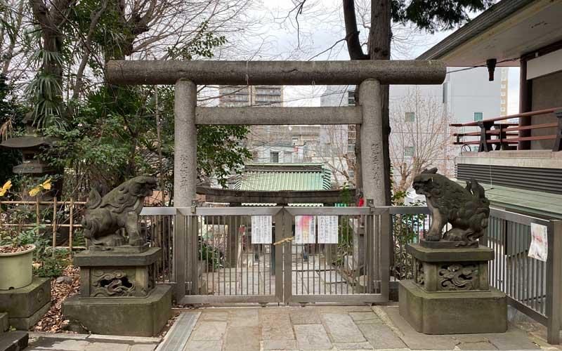 王子稲荷神社 狛犬