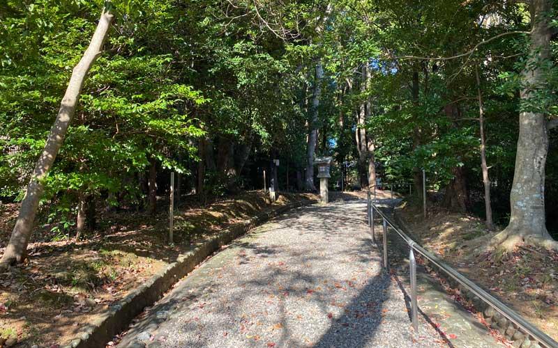 上田神社 参道
