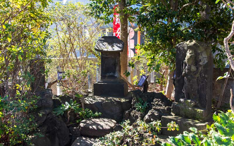 東大島神社 境内社