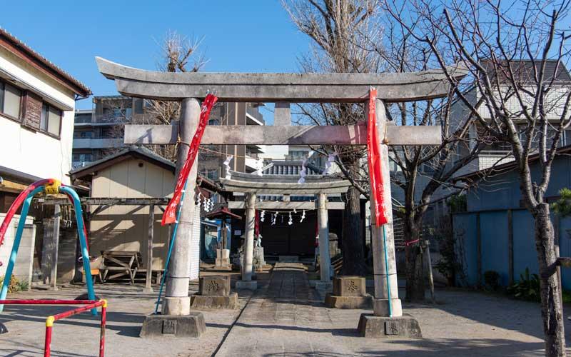 海神稲荷神社 第一の鳥居