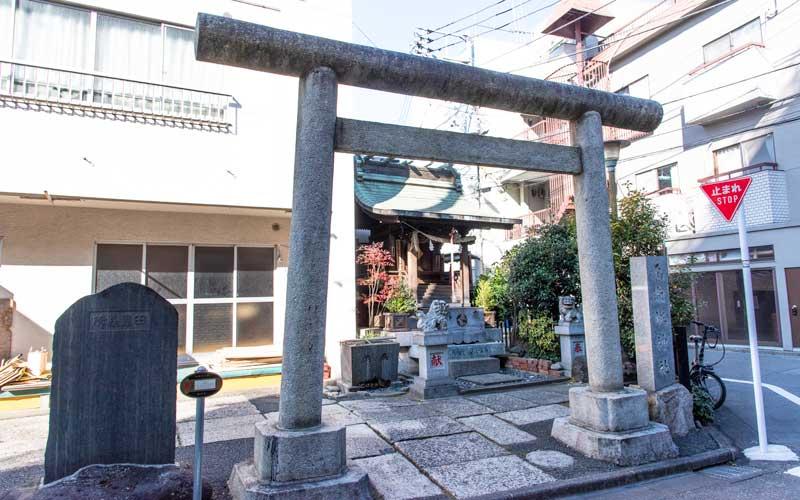 元赤城神社 境内