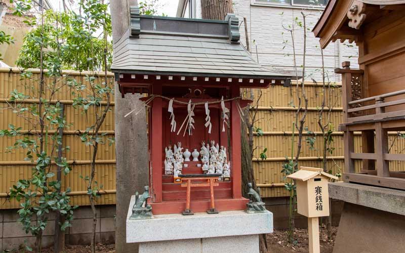 天沼八幡神社 稲荷神社