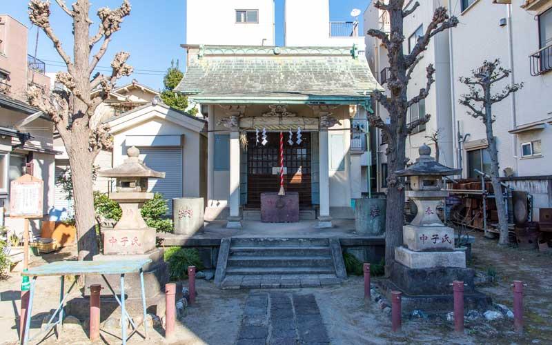 中田稲荷神社 拝殿