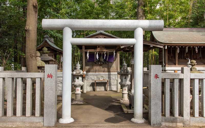 荻窪八幡神社 猿田彦神社鳥居