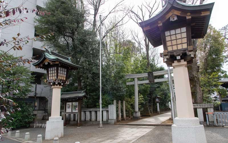 荻窪八幡神社 灯籠